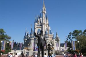 Christmas-Walt-Disney-World-Resort-HD-Wallpaper-1024x768